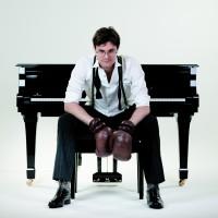 Bodo Wartke + + ACHTUNG + +
